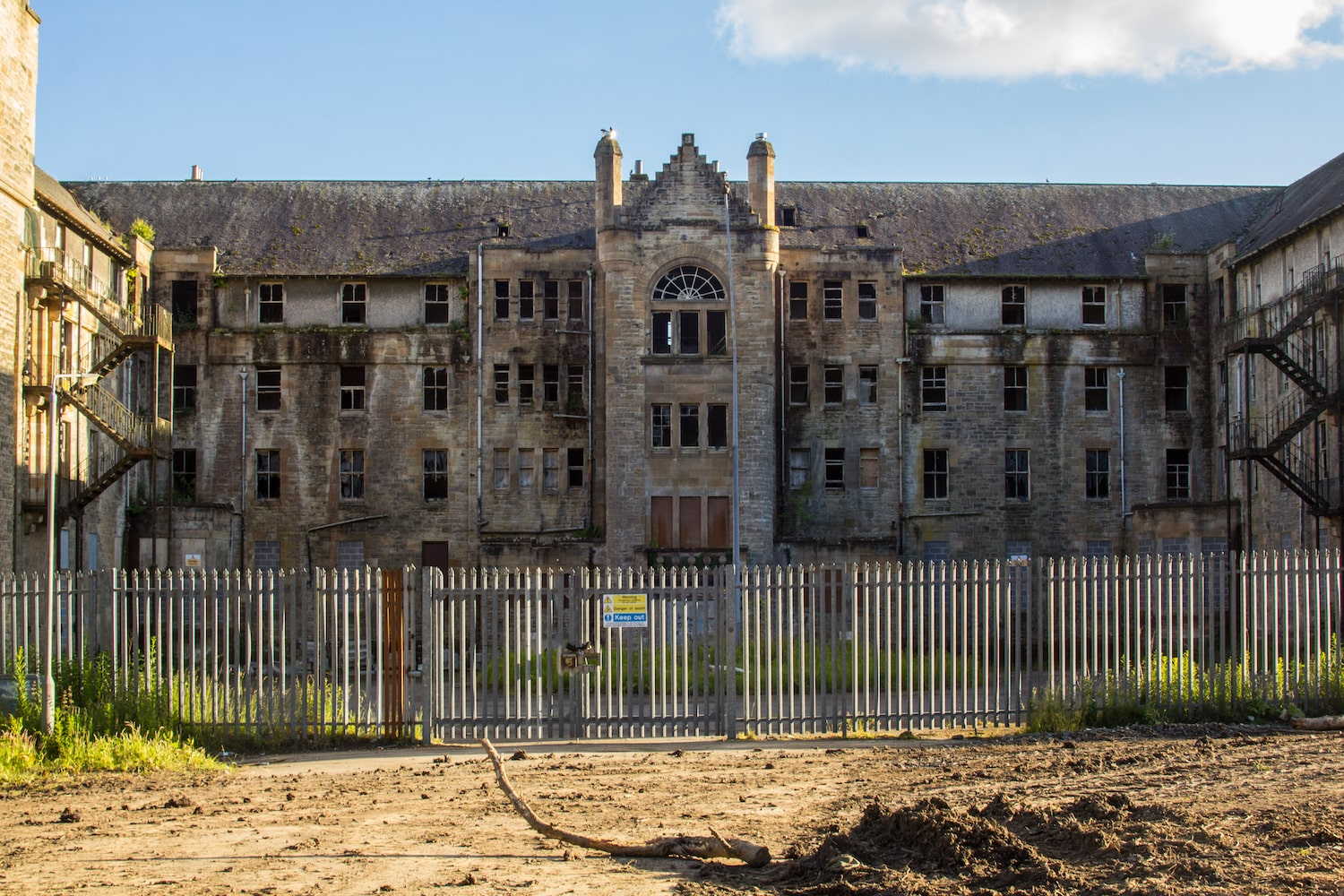 Exploring Abandoned Hospitals And Asylums A 2020 Primer